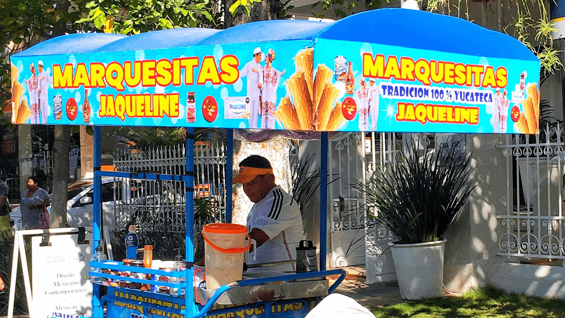 marquesitas cart on the Paseo de Montejo merida mexico