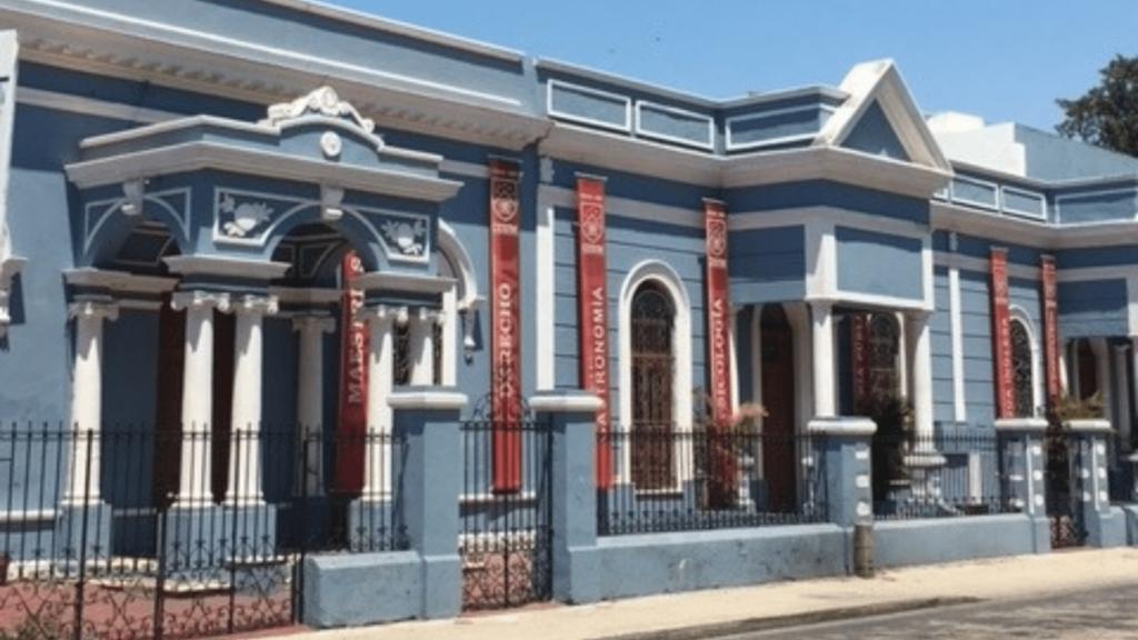 Mérida Experiences Living Essentials Package